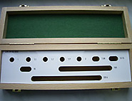 custom-made case for gauge blocks